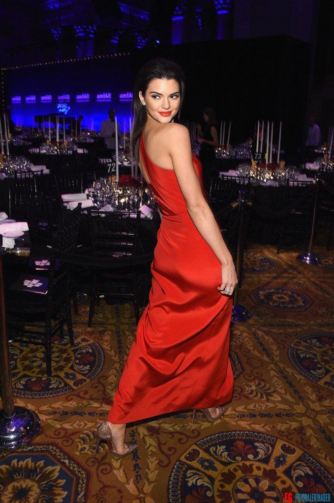 Kendall-Jenner-2015-amfAR-1