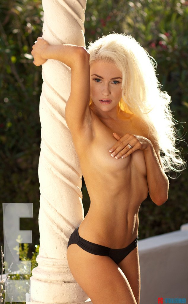 rs_634x1024-130528153825-634.CourtneyStodden.Body1.mh.052813 (1)